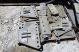 LOT OF MISC ANCHOR HEAD COMPONENTS