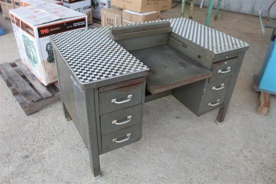 STEEL DESK-4FT 2IN X 2FT 6IN