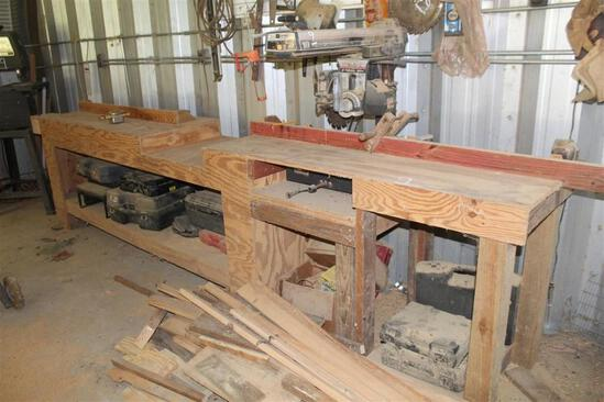 Craftsman 10 Inch Radial Saw with Table and Contents