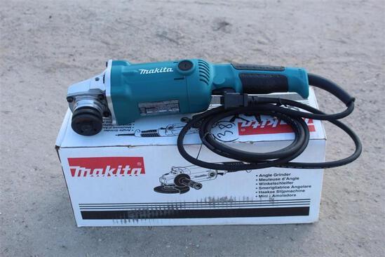 MAKITA GA50102 125MM ANGLE GRINDER