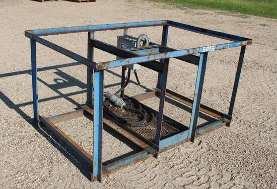 LIFTING IRON, WELDING CAGES W/