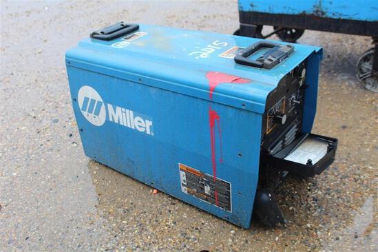 Miller CMT450CC/CV (SN: MD330119U)