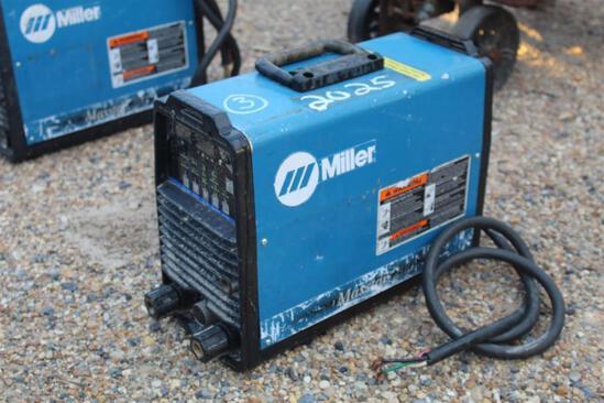 Miller Maxstar 200 (SN: LC903917)