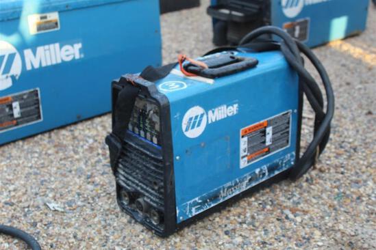 Miller Maxstar 200 (SN: LC906486)