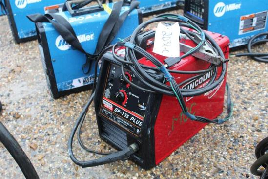 Lincoln Electric SP135 Plus Wire Welder