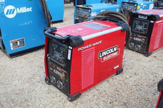 Lincoln Electric S350 PowerWave (SN: U1161102776)