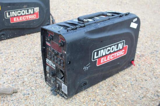 Lincoln Electric 25M PowerFeed (SN: U1160702513)