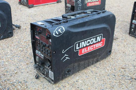 Lincoln Electric 25M PowerFeed (SN: U1160702515)