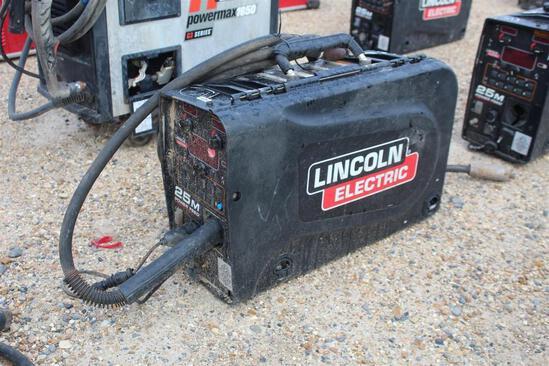 Lincoln Electric 25M PowerFeed (SN: U1160702509)