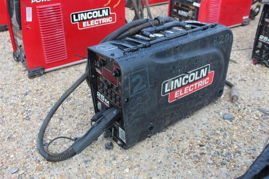 Lincoln Electric 25M PowerFeed (SN: U1161206106)