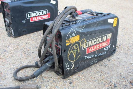 Lincoln Electric 25M PowerFeed (SN: U1091006311)