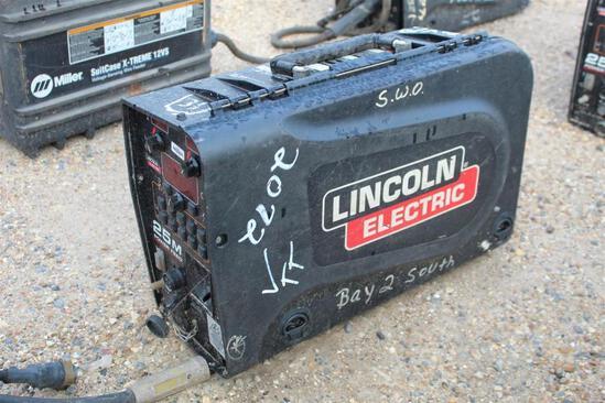 Lincoln Electric 25M PowerFeed (SN: U1161200978)