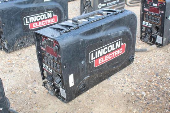 Lincoln Electric 25M PowerFeed (SN: U1160706298)
