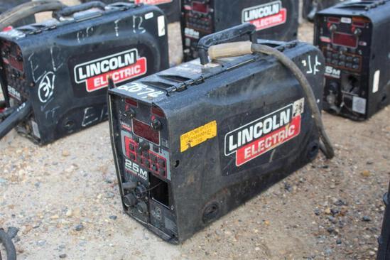 Lincoln Electric 25M PowerFeed (SN: U1090800642)