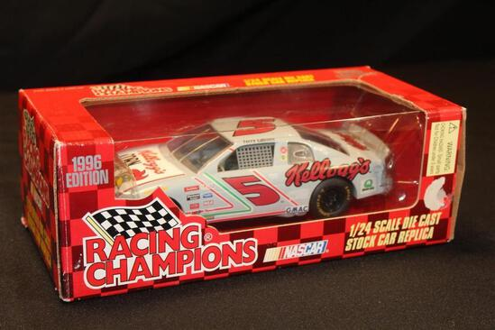 1996 Racing Champions #5, 1:24 Scale Die Cast Stock Car Replica