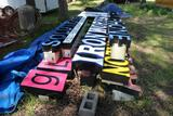 LOT OF ADVERTISEMENT LIGHT UP SIGNS