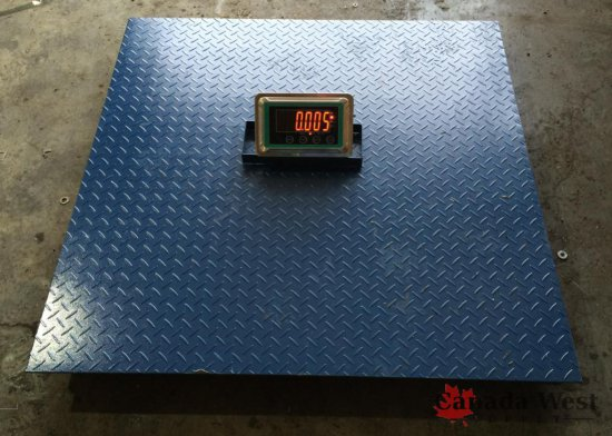 NEW 10,000 LBS INDOOR / OUTDOOR WIRELESS FLOOR SCALE 4 X 4