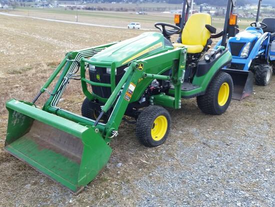2013 John Deere 1025R Compact Loader Tractor