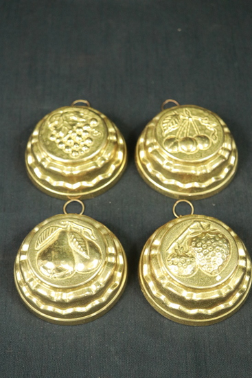 4 Brass Wall Hangings With Fruit Patterns