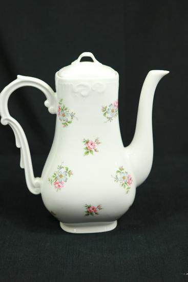 Princess House Rose Garden Tea Pitcher