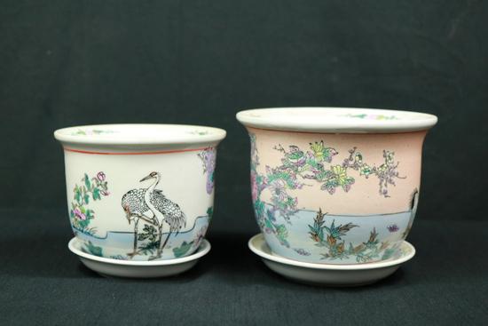 2 Oriental Flower Pots