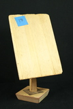 Deco Adjustable Balsam Wood Board