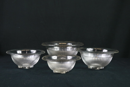 Set Of 4 Glass Mixing Bowls