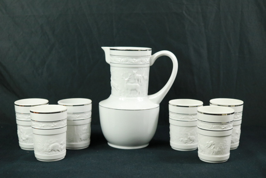 Pitcher & 6 Cups