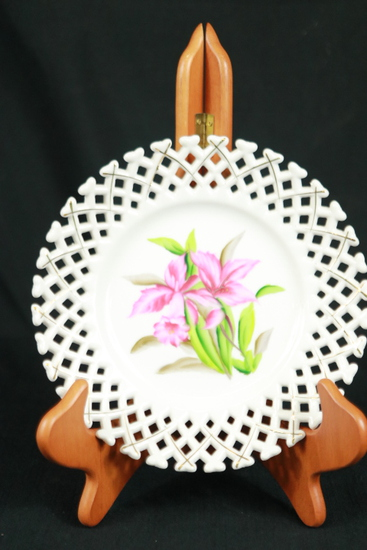 Betsons Reticulated Hand Painted Plate
