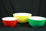 3 Piece Pyrex Mixing Bowl Set