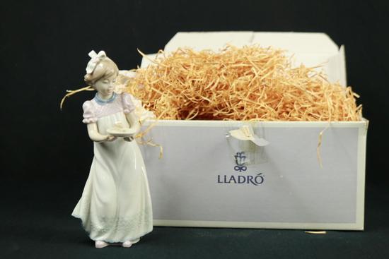 Lladro Figurine In Original Box