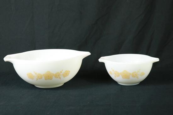 2 Pyrex Mixing Bowls