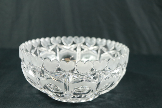 Crystal Bowl With Heart Rim