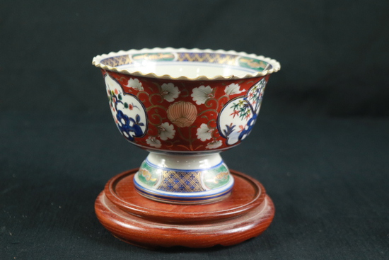 Asian Vase On Stand