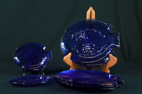 7 Cobalt Blue Fish Plates Of Assorted Sizes