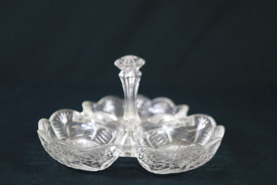 Center Handled Dish With Three Compartments