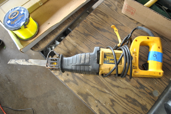 DeWalt DW304 Electric Sawzall
