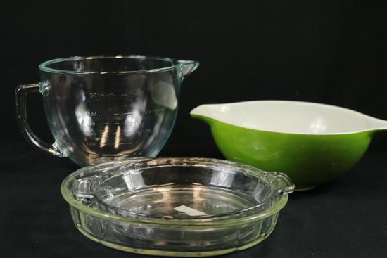 3 Bowls & KitchenAid Glass Measuring Bowl