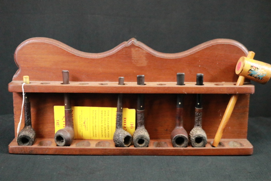 Wood Pipe Rack With Pipes
