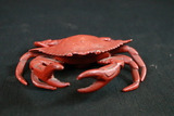 Metal Crab with Hinged Top
