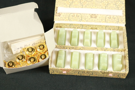 10 Chopstick Rests & 6 Teapot Placecard Holders