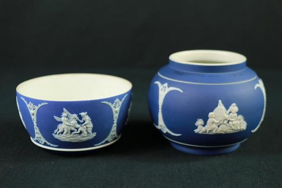 2 Pieces Of Dark Blue Wedgwood