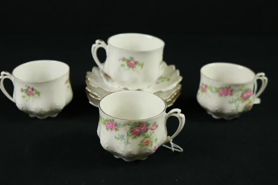 4 Victorian Cups & Saucers