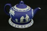 Wedgwood Hot Plate & Tea Pot