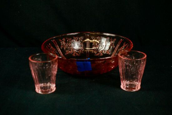 3 Pieces of Cabbage Rose Pink Deoression Glasses & Bowl