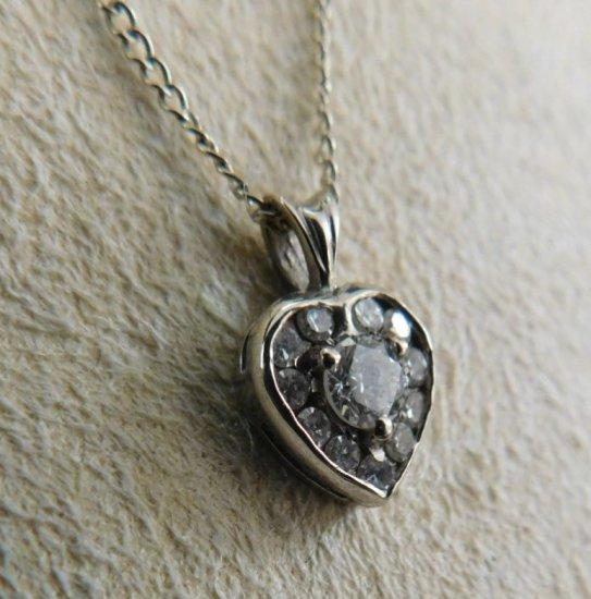 DIAMOND 14K WHITE GOLD HEART PENDANT, .30 TW