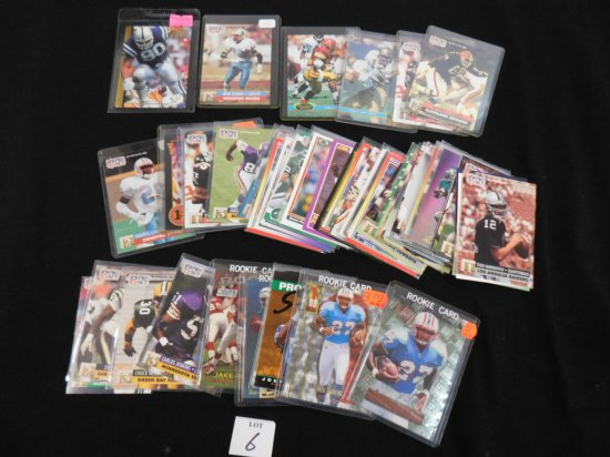 APPROX. 70 FOOTBALL CARDS INCL. MANY ROOKIES (EDDIE GEORGE, JOEY GALLOWAY,