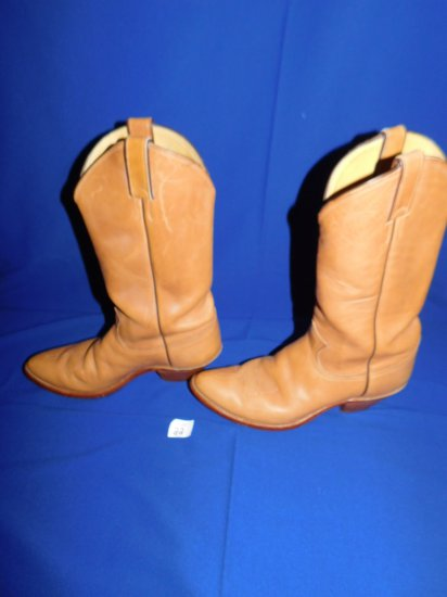 JUSTIN COWBOY BOOTS STYLE #1106 SIZE 10 1/2 TAN