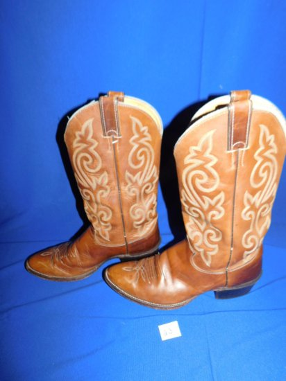 JUSTIN COWBOY BOOTS STYLE #2253 SIZE 10 B BROWN