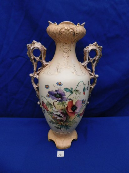 VASE HAND PAINTED DOUBLE HANDLED, CRAZING IN PAINT MARKED ON BOTTOM GSG2.I